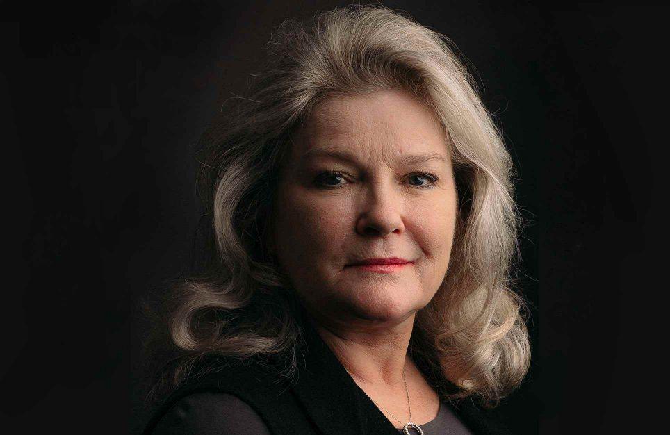 How to Forget: A Daughter's Memoir | Kate Mulgrew