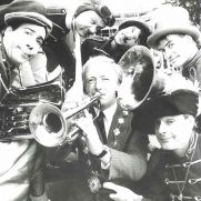 Fintan Coogan, Mayor of Galway 1988, with The Brass Band from San Francisco, at the 11th Galway Arts Festival, which ran from the 2-14 August 1988. Photo: Joe O'Shaughnessy