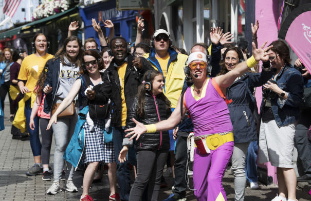 Guru Dudu Takes to the Streets of Galway